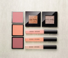 Сверкающий Nude: Весенняя коллекция макияжа от Bobbi Brown