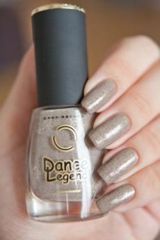 Лак для ногтей из коллекции Melange (оттенок № 266) от Dance Legend