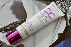 Тональная основа Colour Correcting Cream With Arctic Lingonberry 6 in 1 SPF 20 (оттенок Light) от Lumene