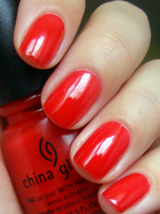 Лак для ногтей (оттенок № 70357 Italian Red) от China Glaze