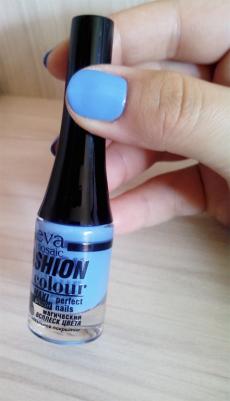 """Лак для ногтей Fashion colour (оттенок № 057 """"Небесно-голубой"""") от Eva"""