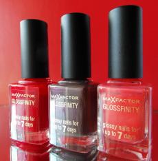 Лак для ногтей Glossfinity (оттенок № 75 flushed rose, № 110 red passion, № 145 noisette) от Max Factor