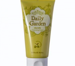 Очищающая пенка для лица Daily Garden Cleansing Foam Olive от Holika Holika