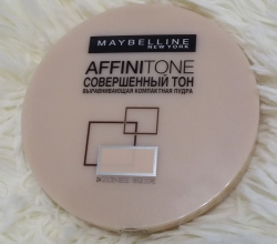 Пудра Affini tone (оттенок № 24 Golden beige) от Maybelline
