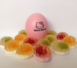 "Бальзам для губ ""Baby Lips"" (оттенок № 04 Клубника) от Hello Kitty"