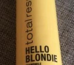 Шампунь для сияния светлых волос Hello Blondie Total Results от Matrix