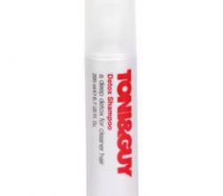 Шампунь для глубокого очищения  Detox Shampoo от Toni & Guy