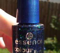 Лак для ногтей Colour&Go quick drying nail polish (оттенок № 78 Blue addicted) от Essence