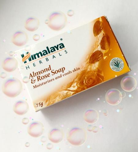 """Увлажняющее мыло """"Роза и миндаль"""" от Himalaya Herbals"""