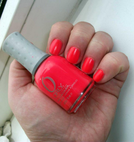 Лак для ногтей оттенка Hot Shot (40682) от Orly