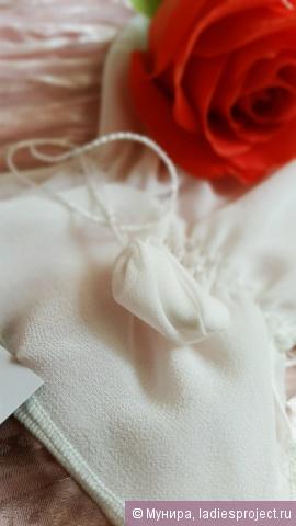 Рукавица для пилинга лица из крепового шелка (для чувствительной кожи) от Шелковая Мануфактура фото 6