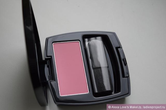 """Румяна """"Нежное сияние"""" (оттенок Heavenly Pink) от Avon фото 3"""