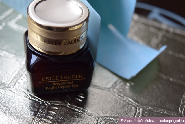 Восстанавливающий комплекс для кожи вокруг глаз Advanced Night Repair Eye Synchronized Complex II от Estee Lauder фото 10