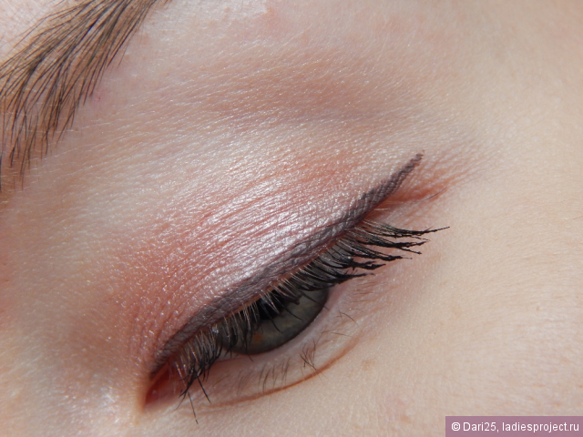Тени для век Color Tattoo 24 HR Gel-Cream Eyeshadow (оттенок № 65 Pink Gold) от Maybelline фото 5