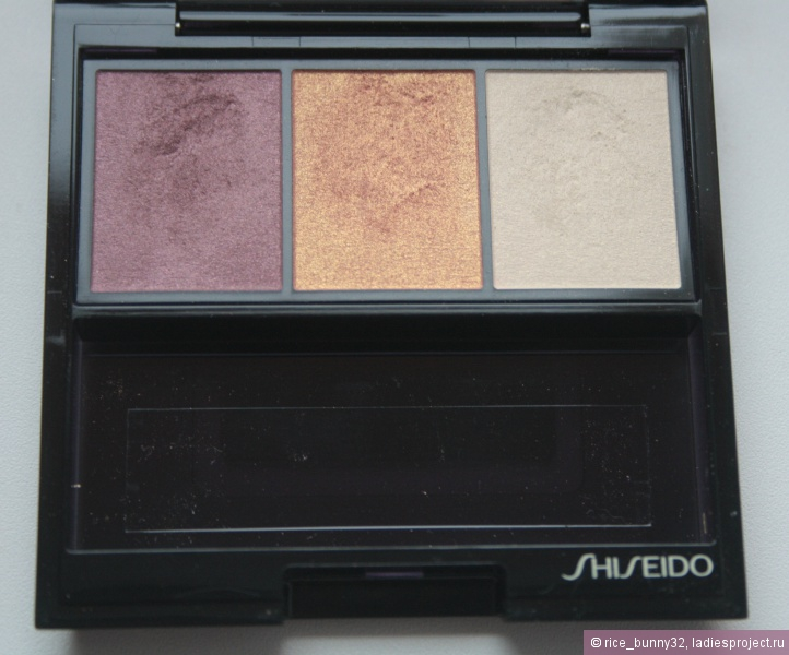 Тени для век Luminizing Satin Eye Color Trio (оттенок № RD299 Beach Grass) от Shiseido фото 4