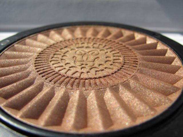 Пудра Terra Inca Sublime Radiant Powder от Guerlain фото 9