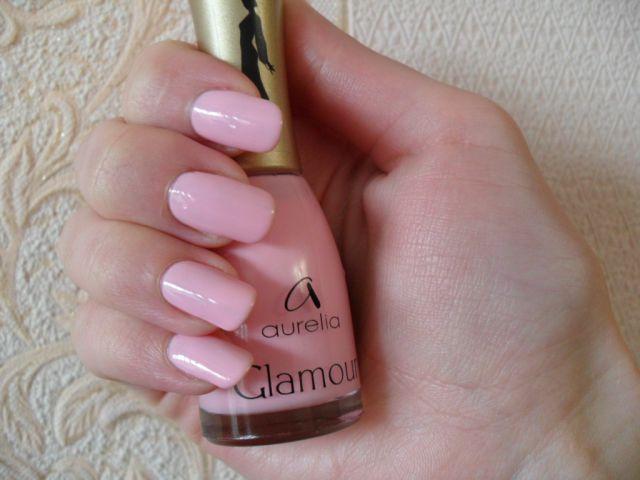 Нежно-розовый цвет маникюр