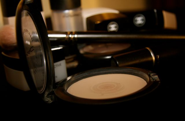 Пудра Mineralize Skinfinish Natural (оттенок Light) от MAC фото 2