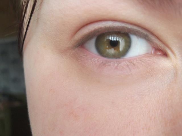 Ухаживающий консилер Intensive Skin Serum Concealer от Bobbi Brown фото 8