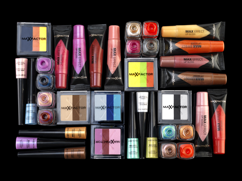 Коллекция  Colour Effect Makeup Collection For Spring/Summer 2011 от Max Factor фото 1