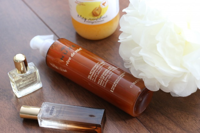 Гель для умывания и снятия макияжа Face Cleansing and Make-Up Removing Gel от Nuxe фото 3