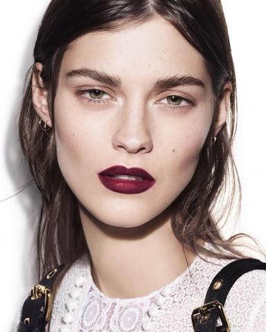 Весенние коллекции 2016 года от знаменитых Домов моды: Dior, Burberry, Gucci, Armani, Givenchy фото 18
