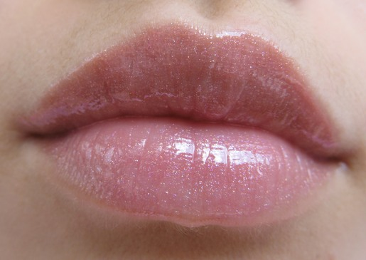 Фото на аву пирсинг губы 76