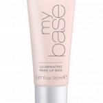 Тональная основа Illuminating make-up base от Essence