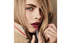 Новинка от Burberry: Помада для губ «Beauty Lip Velvet»