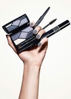 Коллекция макияжа для глаз Diorshow с инновационными измененными текстурами