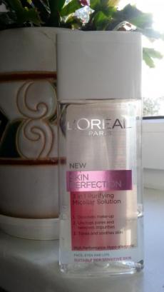 Очищающая мицеллярная вода для лица «Три в одном» SKIN PERFECTION от L'Oreal