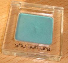 Пресованные тени для век от SHU UEMURA