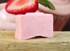 Клубнично-кремовое мыло от Stenders