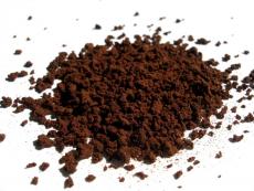 Самодельный скраб для тела из молотого кофе