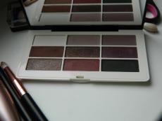 """Палетка теней для век Eye color palette """"Aubergine Dream"""" от H&M"""