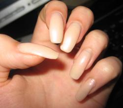 Шелковое укрепление ногтей
