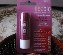 """Бальзам для губ """"Ягодный поцелуй"""" от Neobio Natural Cosmetics"""