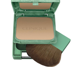 Легкая компактная пудра с антиоксидантами Almost Powder Makeup SPF 15 (оттенок № 02) от Clinique