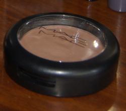Румяна для скульптурирования лица Powder Blush, тон Harmony от MAC