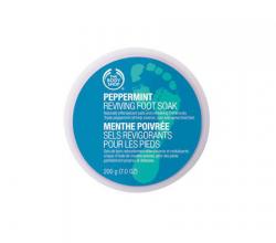 Кристаллы для ножных ванночек Peppermint Reviving Foot Soak от The Body Shop