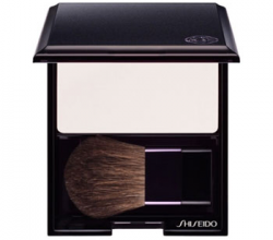 Румяна Luminizing Satin Face Color (оттенок № WT905 High Beam White) от Shiseido