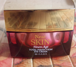 Крем вокруг глаз Near SKIN Neuro Age Total Perfection Eye Cream от Missha