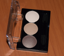 Трио теней для век Naturel eyeshadows от Lamel