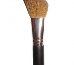 Кисть для румян Angle Blush Brush от Coastal Scents