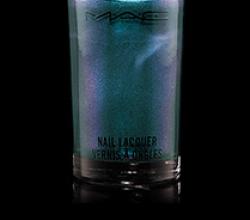 Лак для ногтей Alluring Aquatic Nail Lacquer (оттенок Submerget) от MAC