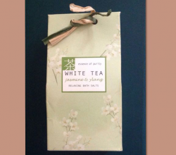 Соль для ванны Jasmine and Ylang Tea Bath Salt от White Tea