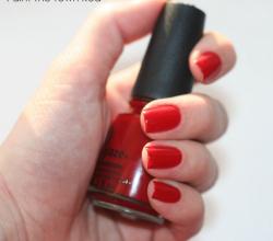 Лак для ногтей (оттенок № 72034 Paint the town red) от China Glaze