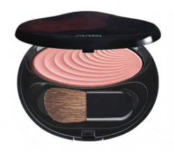 Румяна Accentuating Powder Blush от Shiseido