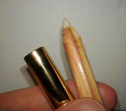 Бесцветный карандаш для губ от El.Corazon
