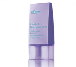 Осветляющий крем для лица с SPF 20 от Oriflame
